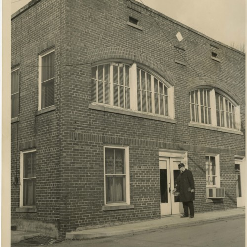 Photograph of the old <i>Marion Democrat</i> and <i>Smyth County New</i> building (Ms2015-020)