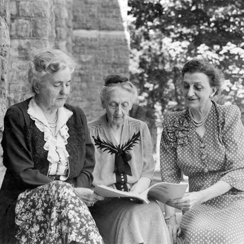 Photograph, Ella Agnew, Mrs. Mary Moore Davis, Maude Wallace, May 1947