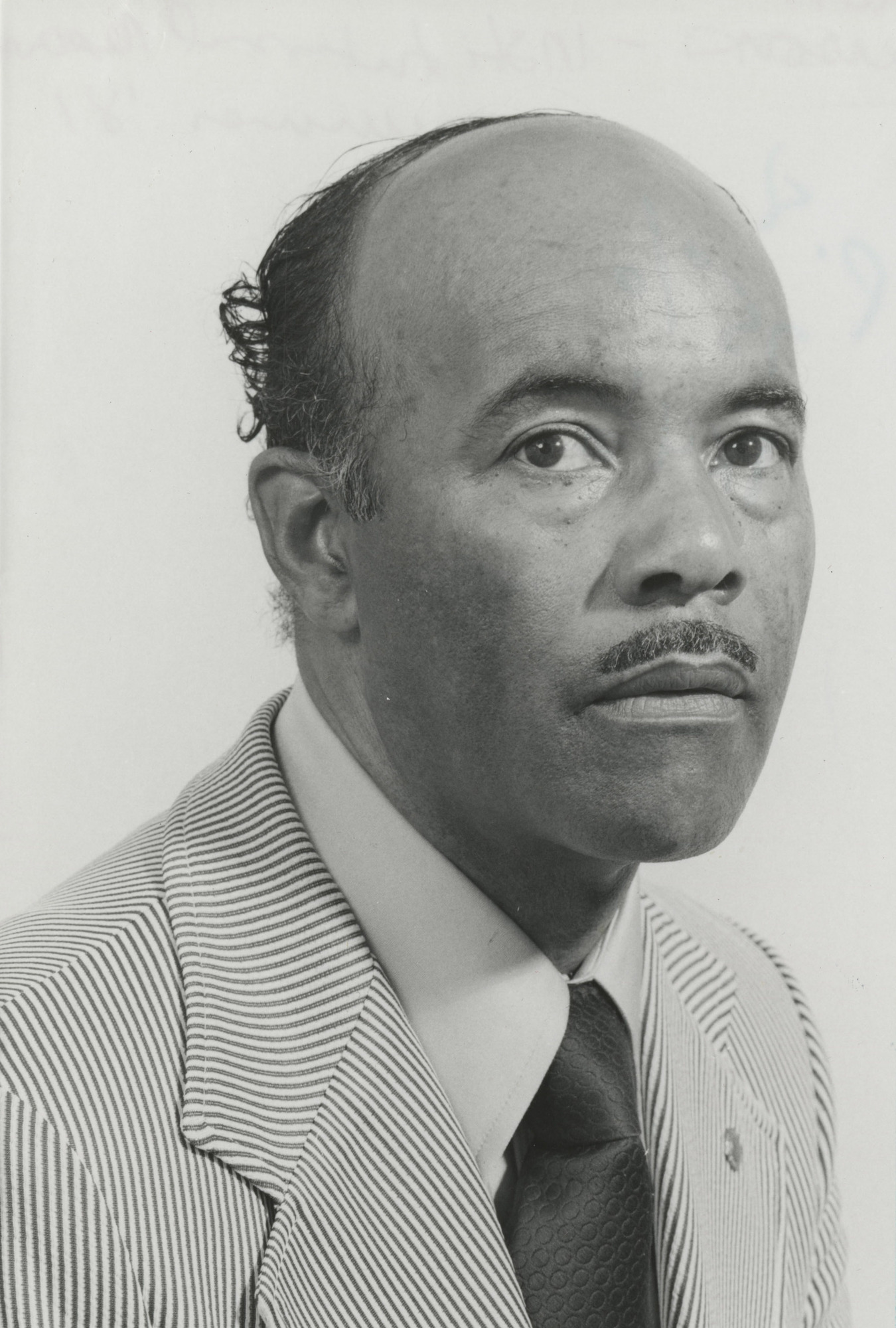 http://spec.lib.vt.edu/pickup/Omeka_upload/Johnson_Overton_1981.jpg
