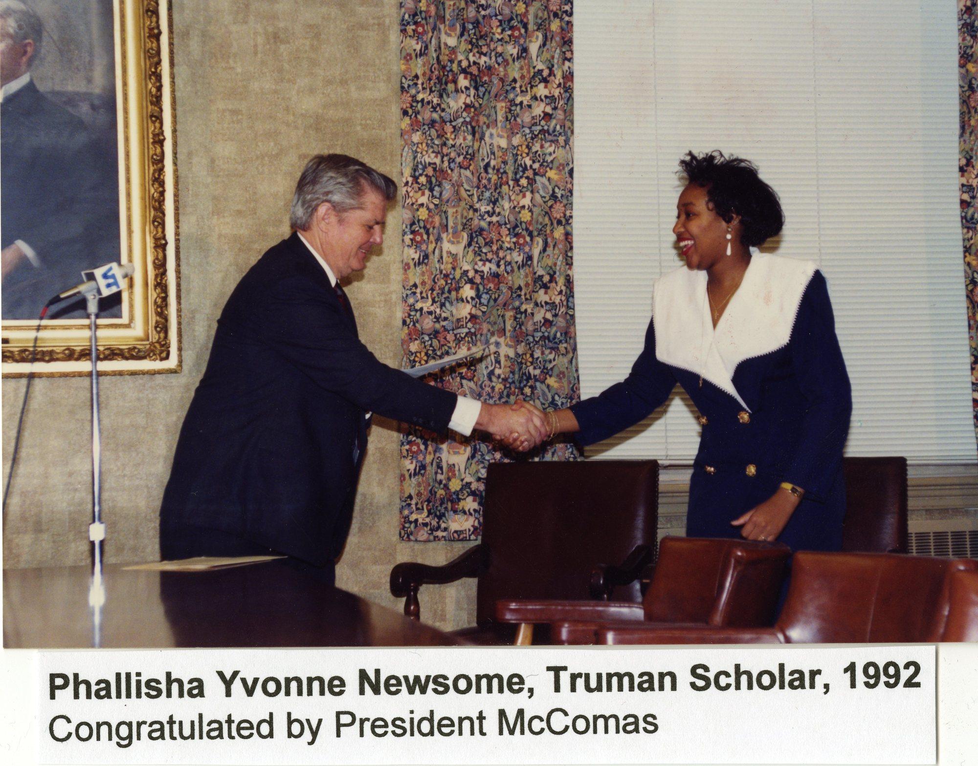 http://spec.lib.vt.edu/pickup/Omeka_upload/NewsomePhallishaYvonne_1992.jpg