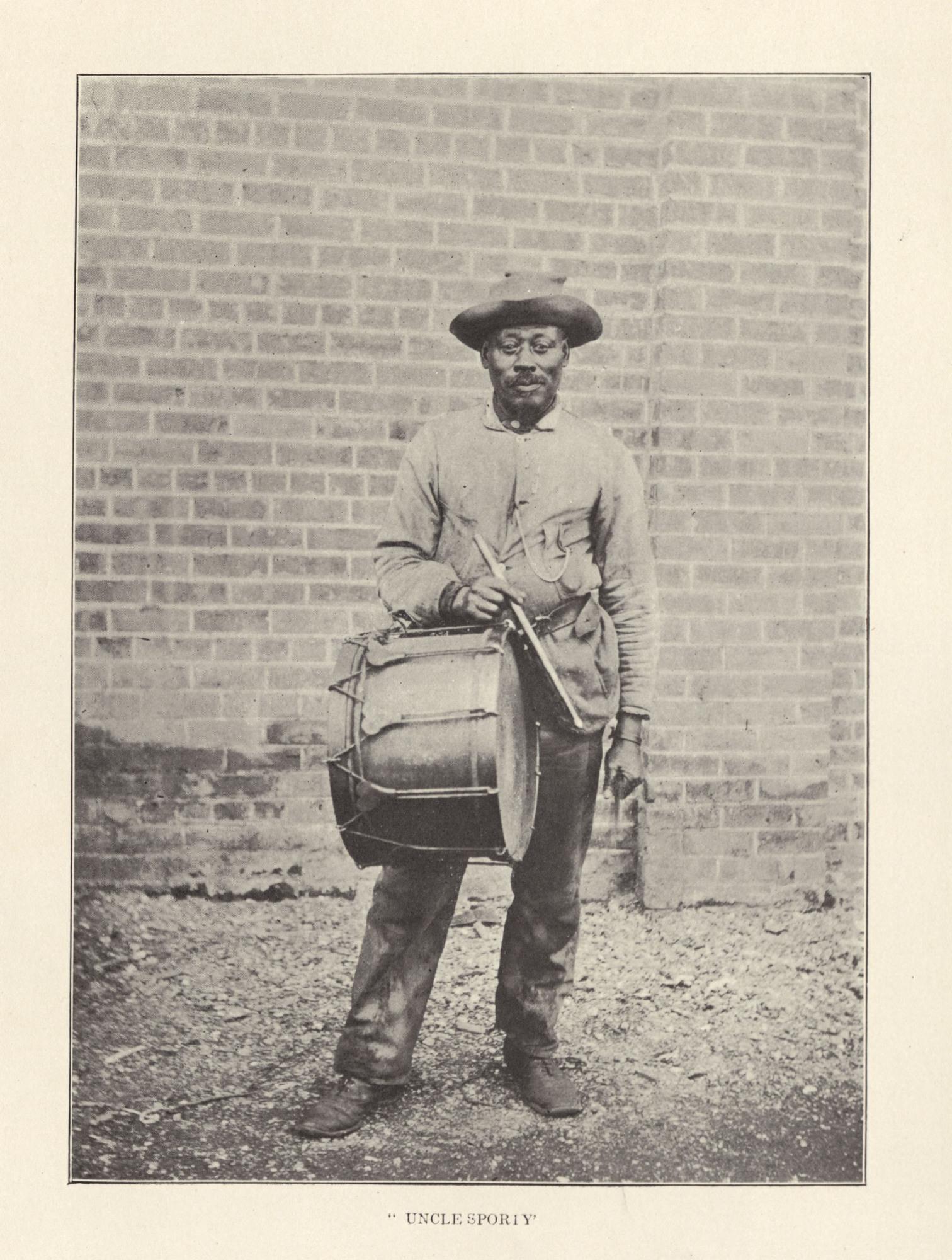 http://spec.lib.vt.edu/pickup/Omeka_upload/UncleSporty_1906.jpg