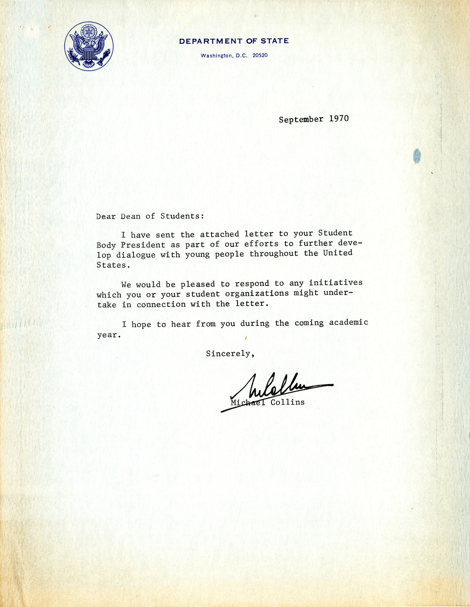 http://spec.lib.vt.edu/pickup/Omeka_upload/Ms1989-029_B18_F1_MichaelCollins_Letter_1970_0900_2.jpg