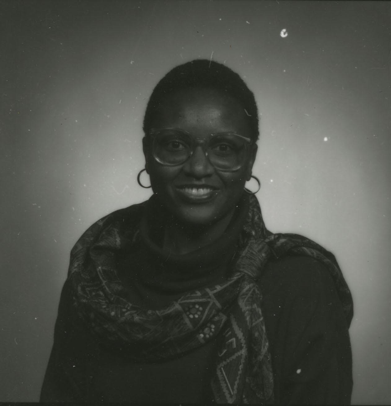 http://spec.lib.vt.edu/pickup/Omeka_upload/Tlou_LehlohonoloLitha_1991.jpg