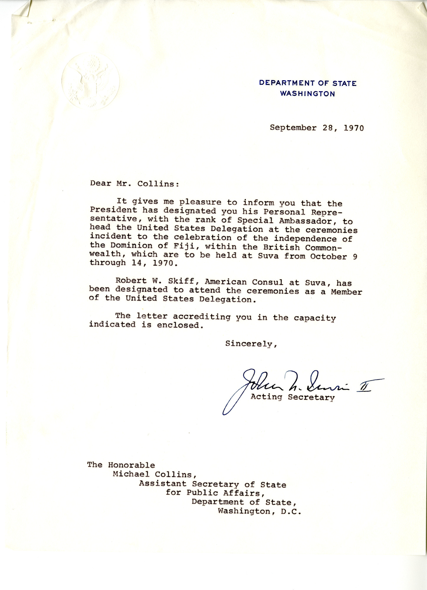 http://spec.lib.vt.edu/pickup/Omeka_upload/Ms1989-029_B18_F1_MichaelCollins_Letter_1970_0928a.jpg