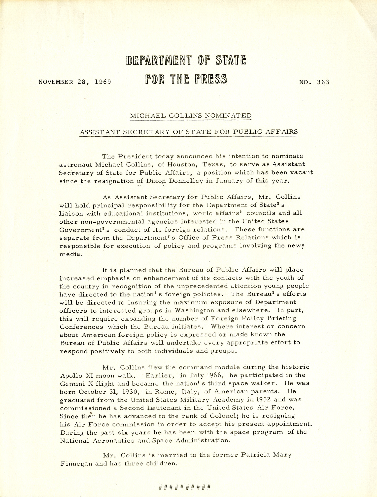 http://spec.lib.vt.edu/pickup/Omeka_upload/Ms1989-029_B18_F1_MichaelCollins_PressRelease_1969_1128.jpg