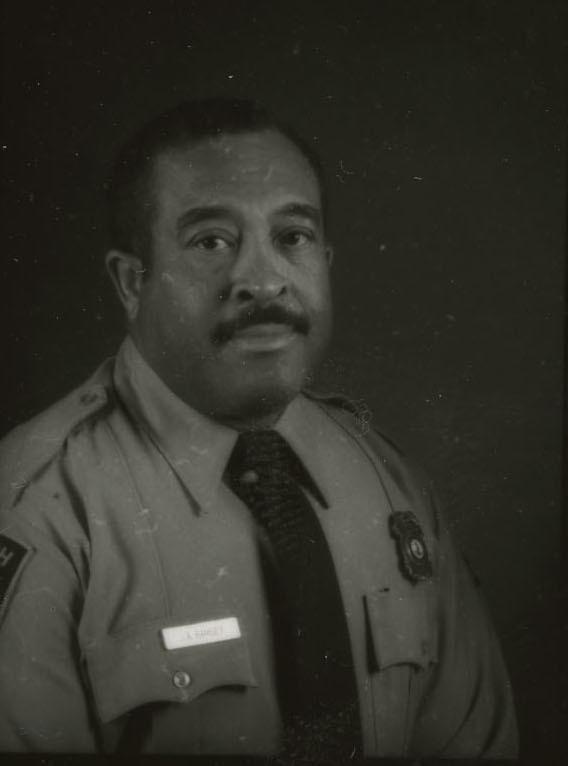 http://spec.lib.vt.edu/pickup/Omeka_upload/Ramsey_James_1971.jpg